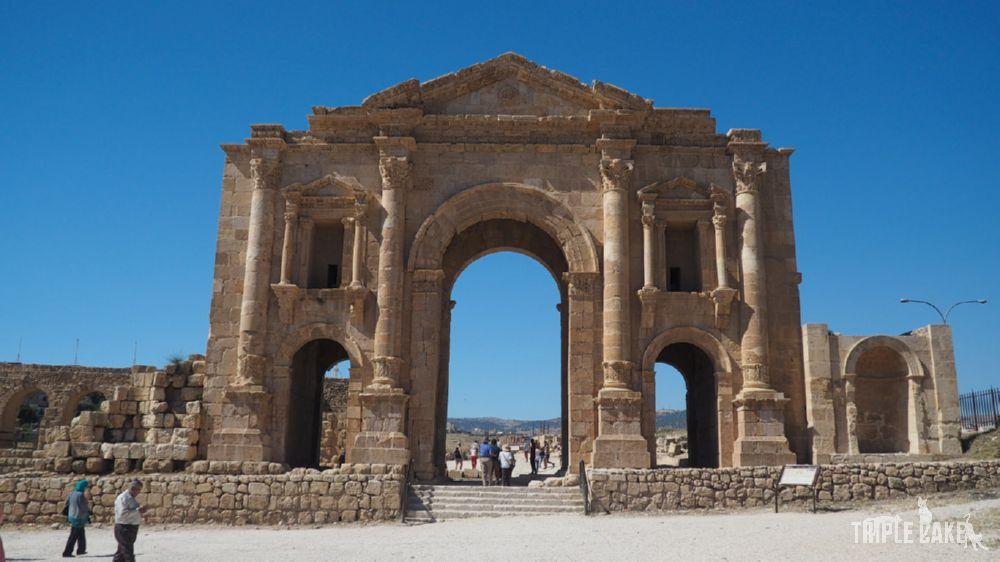 Jerash -Łuk Hadriana / Hadrian's Arch